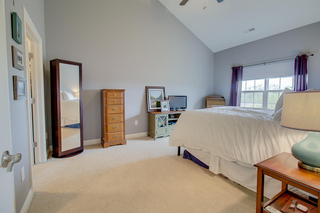 2540 W Colonial Woods Dr -15