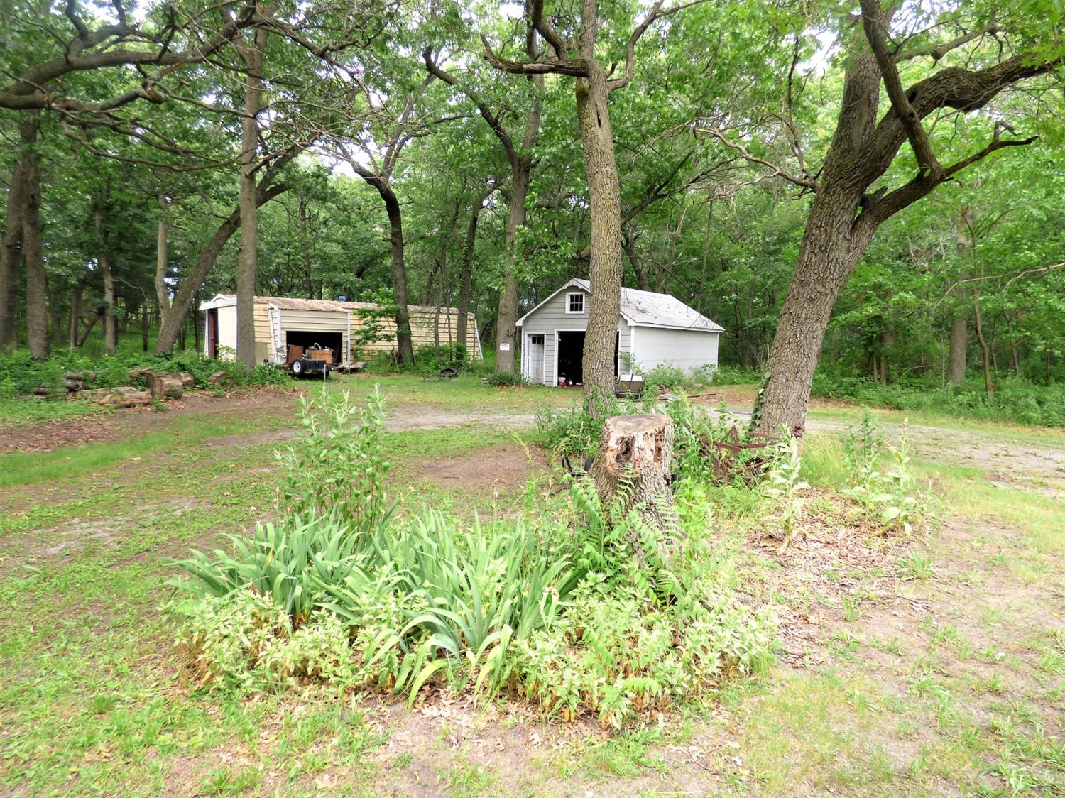 2100  County Line Road -13